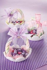 Cestini di Pasqua con la pasta di zucchero