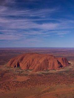 Australian Icon: Uluru formally known as Ayers Rock Tasmania, Australian Icons, Ayers Rock, Land Of Oz, Holiday Places, Australia Day, Travel Wallpaper, Big Island, Nature Photos