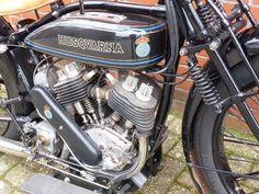 Husqvarna - model 180 2 cylinder 550cc - 1927