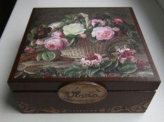 Caja decoupage decoración caja de madera de por DumontsHandicrafts Painted Boxes, Wooden Boxes, Shabby Boxes, Home Crafts, Diy And Crafts, Altered Cigar Boxes, Arte Country, Decoupage Box, Doll Tutorial