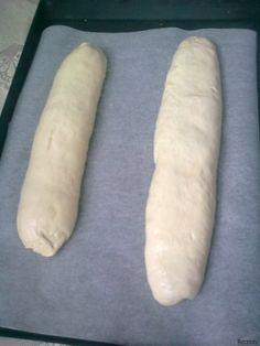 Chlebíčková veka z domácí pekárny | sRecepty.CZ Hot Dog Buns, Hot Dogs, Bread, Food, Brot, Essen, Baking, Meals, Breads