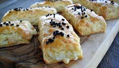 Recepti i Ideje: Recept koji je osvojio nagradu, jednostavan predivan! Savory Pastry, Cheese Rolling, Indian Food Recipes, Ethnic Recipes, Bread And Pastries, Party Snacks, Baked Goods, The Best, Dessert Recipes