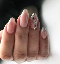 50 Top Best Wedding Nail Art Designs to Get Inspired Elegant Nails, Stylish Nails, Trendy Nails, Cute Nails, Sparkle Nails, Silver Nails, Diy Wedding Nails, Sparkle Wedding, Luxury Nails