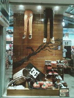 bali surf outlet halloween window