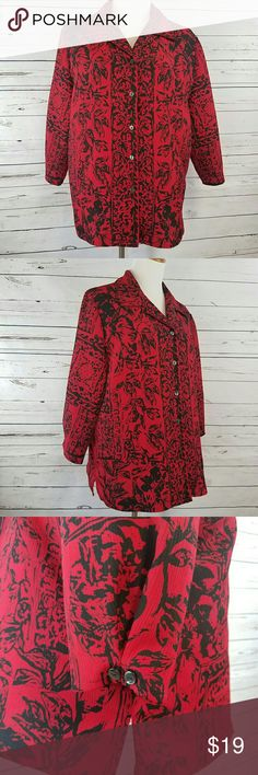 """Lightweight Crinkle Blouse Bust: 50""""  Waist: 48"""" Hip: 50"""" Length shoulder top-hem: 27"""" Lightweight polyester crinkle fabric. Button front/collar.  3/4 sleevesSquarehemline/side vents.  Machine wash cold. Very good condition. No flaws  2017105 Alia Tops Blouses"""