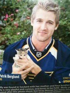 Patrik Berglund and a kitten. Can't get much better than that.