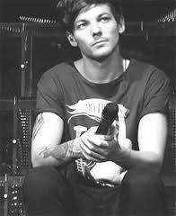 Image result for louis tomlinson black and white