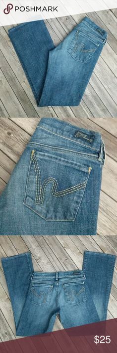"Citizens of Humanity Kelly Low Waist Bootcut Jeans CoH jeans in great used condition. Some wear at front pockets. Waist 13"" laying flat. Rise 7"". Inseam 28 1/2"". Possibly hemmed? Citizens Of Humanity Jeans Boot Cut"