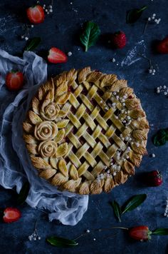 Pie strawberry and rhubarb
