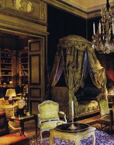 """Tweedland"" The Gentlemen's club: A Seventeenth-Century Reconstruction Joseph Achkar Michel Charriere Beautiful Bedrooms, Beautiful Interiors, French Interiors, Beautiful Beds, Georgian Interiors, Beautiful Hotels, House Beautiful, Bed Crown, Interior And Exterior"
