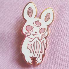 Bag Pins, Jacket Pins, Baby Squirrel, Pin Art, Cool Pins, Creepy Cute, Pin And Patches, Pin Badges, Lapel Pins