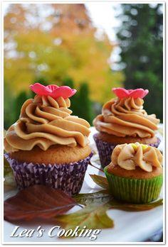"Lea's Cooking: ""Pumpkin Cupcakes with Dulce de Leche Frosting """