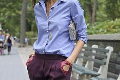 Oxford shirt and plum pants All About Fashion, Passion For Fashion, Plum Pants, Light Blue Blouse, Fashion Details, Fashion Design, Business Dresses, Paris Fashion, Office Fashion