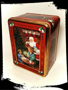 Collectible Oreo  Cookie Holiday Tin / by Flavsantiques on Etsy