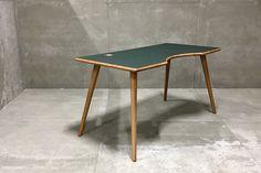 Via Copenhagen - Boomerang skrivebord hos BoShop - Skriveborde i Århus Aalborg, Aarhus, Copenhagen, Table, Furniture, Design, Home Decor, Inspiration, Minimalism