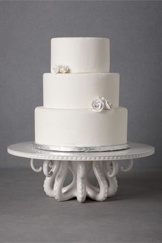 I love this octopus cake plate! i swear bhldn.com has the best things to give in general! I would totally use this as a house warming present not just a wedding one!