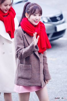 Sakura #미야와키사쿠라 #사쿠라 #宮脇咲良 #Sakurahkt48 #MiyawakiSakura #宮脇咲良 #produce48 #Sakurachan #Izone #IzoneSakura #cute #sexy #lockscreen #pretty #beautiful #fansign #lavienrose