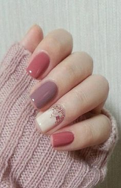 Here are the best nail polish you can use right now, they are very cheap to buy and gives the finger gorgeous look than ever. no matter what type of finger nails you have there is a polish that fits that nail and you will find it her. Winter Nails, Summer Nails, Acrylic Nails For Summer Classy, Autumn Nails Acrylic, Classy Nail Art, How To Do Nails, My Nails, Bio Gel Nails, Nail Nail