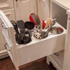 http://www.takhop.com/category/Utensil-Holder/ http://www.modelhomekitchens.com/category/Utensil-Holder/ Great Kitchen organization idea