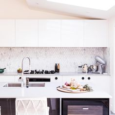 BLUE Carly & Leighton | Week 4 Room 2 | Dining and KitchenThe Block Shop - Channel 9