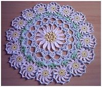 Napperon aux marguerites Many doilies with charts
