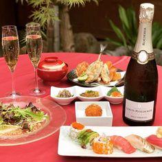 世界で最も称賛されるシャンパーニュのブランドであるルイ・ロデレールのシャンパンをなんと90分飲み放題!権八西麻布の開放的な日本庭園風テラスで、夏から秋への移ろいを空や庭園の木々を眺めながら、権八特製のお寿司とシャンパンに合うお料理をお楽しみください。もちろん、雨天時は室内にご案内します。 #シャンパン #飲み放題 #日本庭園シャンパン Table Decorations, Dinner Table Decorations