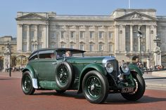 1930 Bentley Speed-Six Gurney Nutting Sportsman Coupe at St. James's Concours of Elegance 2013