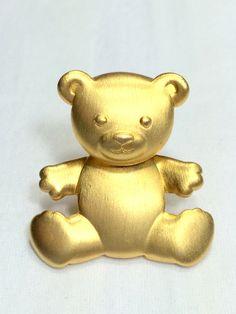 JJ Jonette Teddy Bear Brooch Gold Tone