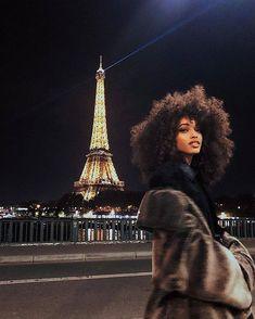 💜 ____________________________________________ #Blackvoyageurs 📍 #Paris #France ____________________________________________ #voyage… Curly Hair Styles, Natural Hair Styles, Photos Voyages, Black Girl Aesthetic, Retro Aesthetic, Aesthetic Photo, Curly Girl, Black Is Beautiful, Beautiful Models