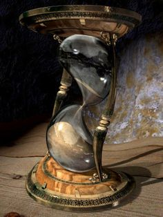 Hourglass Sand Timer, Hourglass Tattoo, Sand Glass, Sand Timers, Clock Art, Time Warp, Surreal Art, Glass Design, Steampunk