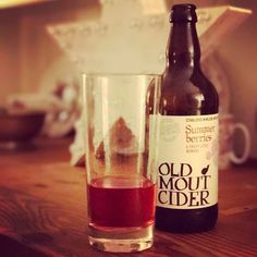 One very deserving #fruitcider after a wonderful #wedding fair today! Cheers everyone... x