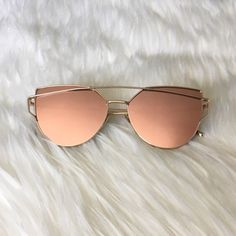 [rosé] free gift with purchase | ships in two business days  offers only considered with tool | 10% off bundles  visit me on social media: instagram @flowersandgray snapchat: flowersandgray  xo, jess Accessories Sunglasses