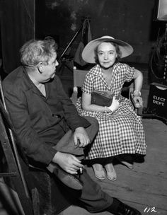 Charles Laughton and Lillian Gish on the set of - The night of the Hunter - 1955