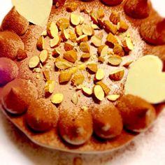 バレンタインデーにチョコレートケーキ(o^—^o) - 20件のもぐもぐ - チョコレートケーキ by mikaro
