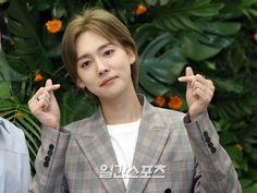 Winner Jinwoo, 54 Kg, Kim Jin, Yg Entertainment, South Korean Boy Band, Boy Bands, Coat, Fashion, Moda