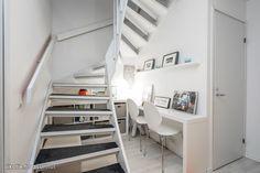 Tyylikäs rivitalokoti hyvin hoidetusta rauhallisesta taloyhtiöstäSiististi pidetty moderni kaunis koti, pintoja päivitetty viime vuosina ja asunto on kauttaaltaan hyvässä kunnossa. Käytännöllinen avar