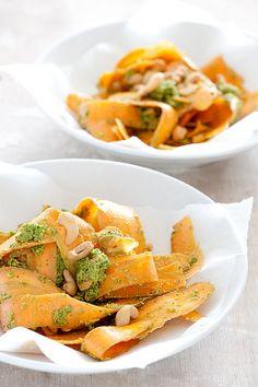 Dit gemakkelijke gerecht heb je binnen 10 minuten op tafel: wortellinten met pestodressing. En je gebruikt maar 5 ingrediënten.