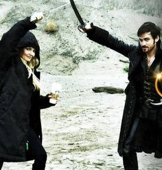 Once Upon a Time Cast Goofs Off Behind the Scenes — Including Captain Swan! (PHOTOS)