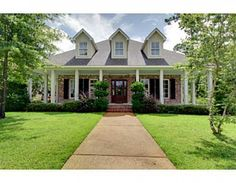 GORGEOUS CUSTOM HOME IN WATERSIDE! 5 BEDROOMS, OPEN KITCHEN TO DEN, DOUBLE FIREPLACE, STUDY, FORMAL DINING, LARGE BREAKFAST ROOM, GREAT LIVING ROOM, AND SPACIOUS GAME ROOM UPSTAIRS.  4 BEDROOMS UPSTAIRS WITH 2 BATHS BETWEEN EACH BEDROOM. LARGE DECK WITH FENCED BACK YARD. OWNER IS RELATED TO BROKER.