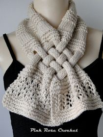 Pink Rose Crochet: Cachecol Bege Trançado em Tricô Crochet Scarf Easy, Crochet Scarves, Crochet Shawl, Knit Crochet, Knitting Stitches, Free Knitting, Braided Scarf, Hairpin Lace, Mittens Pattern