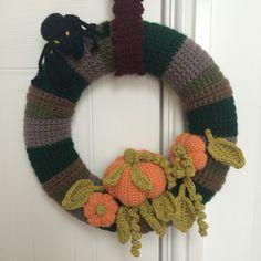 Crochet halloween wreath