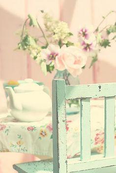 Beautiful pastel colors! Great Farmhouse accent color.
