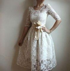 En sade ve şık nikah elbise modelleri: