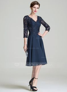 A-Line/Princess V-neck Knee-Length Chiffon Lace Mother of the Bride Dress (008072689)