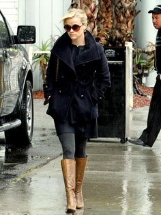 reese witherspoon - black trench & boots.