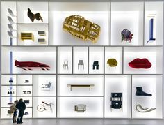 Die Neue Sammlung - The International Design Museum Munich in München (Bayern) Pop Display, Display Design, Booth Design, Store Design, Wall Design, Exhibition Display, Exhibition Space, Museum Exhibition, Design Museum