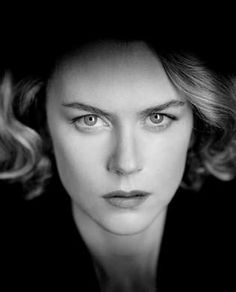 Nicole Kidman / Actress / Black and White Photography Nicole Kidman, Black And White Portraits, Black And White Photography, Divas, I Love Cinema, Annie Leibovitz, Actrices Hollywood, Female Portrait, Most Beautiful Women