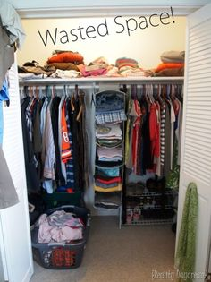 DIY Custom Closet Shelving Tutorial Are you sick of wasting valuable space in your closet? Add TONS more storage by building custom closet shelving using this SIMPLE tutorial! Diy Custom Closet, Custom Closets, Maximize Closet Space, Closet Space Savers, Maximize Small Space, Small Closet Organization, Small Closet Storage, Wardrobe Storage, Small Closet Makeovers