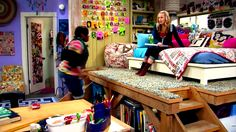 """""""Good Luck Charlie""""'s Teddy's room. Secret confession, sometimes I watch it just to look at her bedroom (and clothes =D)"""