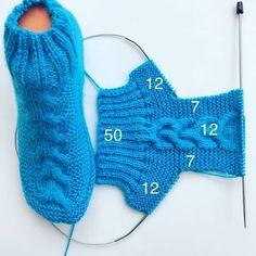 Knitting Stitches, Knitting Needles, Knitting Socks, Baby Knitting, Knitting Patterns, Crochet Patterns, Crochet Baby Boots, Crochet Shoes, Knit Stockings